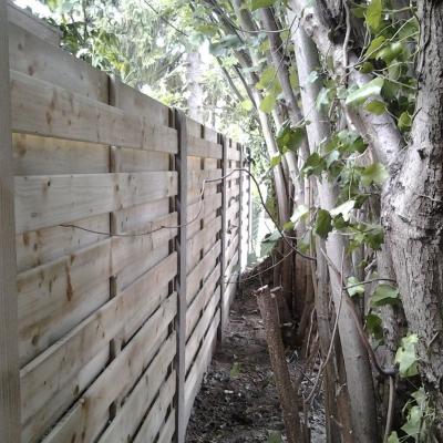 Omheining_hout-beton.jpg