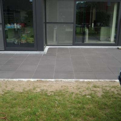 Terras_betontegels_60x60cm.jpg